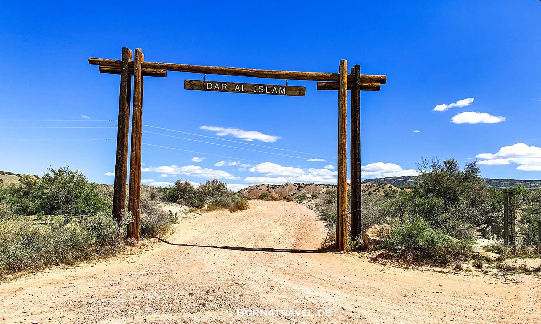 Dar al Islam,Weg zur Plaza Blanca,New Mexico,USA,born4travel.de